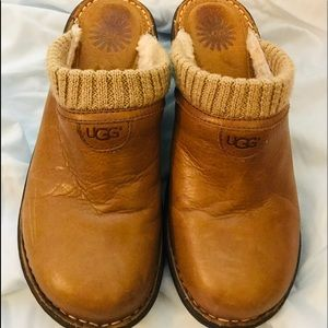 🇺🇸UGG Brown Leather Mules size US 9